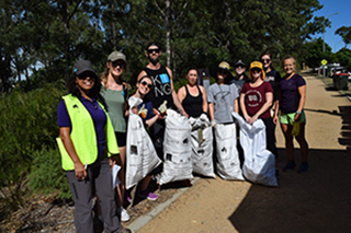Green Office reps and students on Clean Up Australia Day